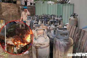 Biệt thự cháy ngùn ngụt dưới chân cầu Vĩnh Tuy: Chủ nhà lén lút bán gas