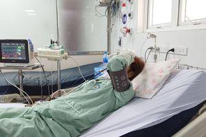 Một phụ nữ sốc phản vệ sau tiêm thuốc làm trắng da