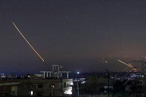 NÓNG: 23 binh sĩ Syria thiệt mạng trong cuộc không kích của Israel