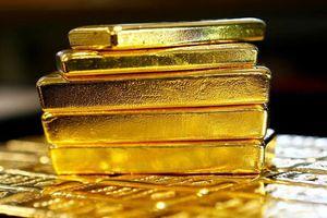 Mỹ rút khỏi thỏa thuận hạt nhân, giá vàng tăng bất ngờ