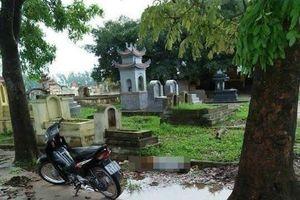 Điều tra nguyên nhân người đàn ông chết dưới vũng nước trong nghĩa trang