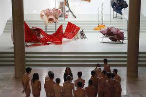 Bảo tàng Paris mở cửa cho khách khỏa thân tham quan