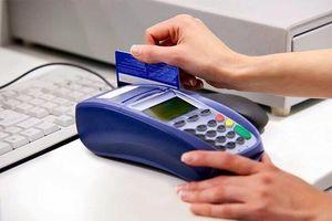 Vụ quẹt thẻ mất gần 700 triệu đồng: Giám đốc nhà hàng hầu tòa