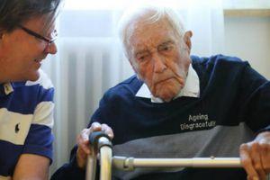 Hành trình để được… chết của nhà khoa học 104 tuổi