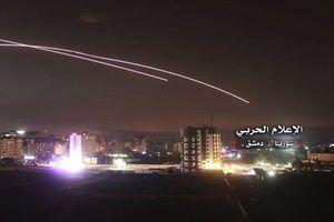 28 máy bay Israel nã 60 tên lửa vào Syria