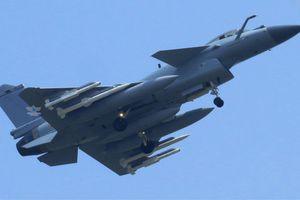 Vũ khí Trung Quốc đe dọa ưu thế trên không của Mỹ