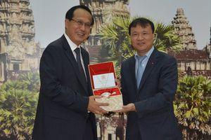 Tăng cường hợp tác phát triển thương mại biên giới Việt Nam – Campuchia