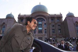 Nhìn lại chặng đường chính trị của Thủ tướng Malaysia Mahathir