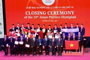 8 học sinh Việt Nam giành huy chương tại Olympic vật lý Châu Á 2018
