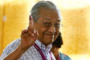 Trở lại ngoạn mục, tân Thủ tướng 92 tuổi của Malaysia đối mặt nhiều thách thức