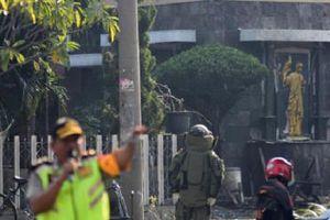 Đánh bom tự sát ở một loạt nhà thờ tại Indonesia
