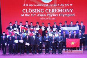 Việt Nam giành 4 Huy chương Vàng Olympic Vật lí Châu Á 2018