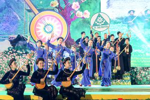 Hàng trăm nghệ sĩ tham gia tổng duyệt liên hoan hát then, đàn tính các dân tộc Tày - Nùng - Thái toàn quốc 2018