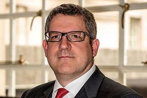 Tổng giám đốc cơ quan tình báo MI5 của Anh Parker chỉ trích Nga