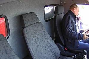 Ông Putin đích thân lái xe tải đi qua cầu nối Crimea trong ngày khánh thành
