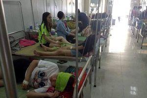 Liên hoan chia tay, hơn 70 sinh viên nhập viện vì ngộ độc