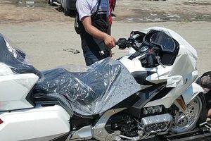 Honda Goldwing 2018: 'Vừa rửa xe, vừa nghe nhạc' đầu tiên về Việt Nam