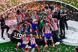 Griezmann lập cú đúp, Atletico vô địch Europa League