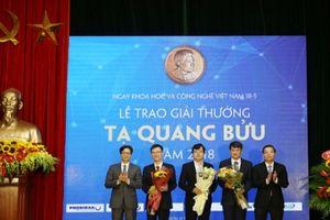 Trao Giải thưởng Tạ Quang Bửu 2018 cho ba nhà khoa học xuất sắc