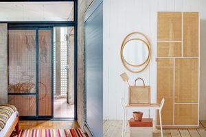 Decor nhà đẹp như mơ với những cánh cửa lưới gỗ cách điệu