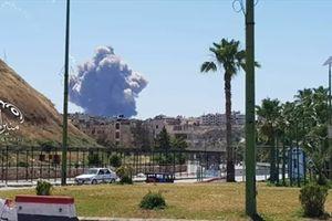 Nổ lớn rung chuyển căn cứ quân sự của Syria
