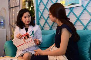 Tư vấn bảo vệ thiên chức làm mẹ tại Triển lãm cưới