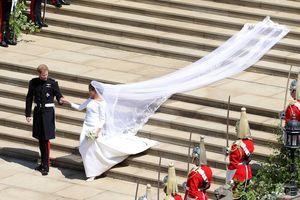 Núi lửa Hawaii phun trào cùng đám cưới hoàng gia vào top ảnh tuần