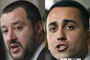 Người dân Italy ủng hộ chính phủ liên minh của đảng M5S và Liên đoàn