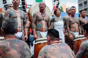 Thời điểm duy nhất mafia Nhật được phép tự do khoe hình xăm