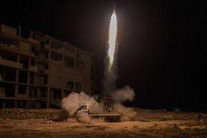 Quân đội Syria nã loạt tên lửa trả đũa phiến quân ở Aleppo