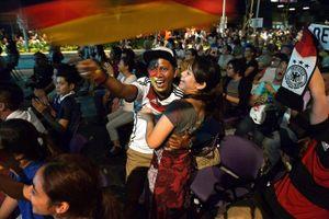 Thái Lan, Singapore mang World Cup 2018 đến khán giả thế nào?