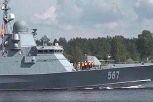 Video cận cảnh Nga thử nghiệm tàu hộ tống mang tên lửa hành trình