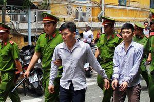 Tưởng người khác 'nhìn đểu', nhóm thanh niên gây án mạng