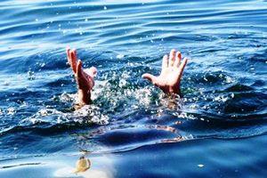 Nghệ An: Cả nhóm đi tắm ở đập, 1 học sinh lớp 10 đuối nước thương tâm