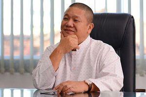 Vợ ông Lê Phước Vũ rút vốn khỏi Hoa Sen