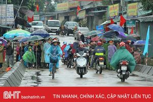 Cần đầu tư cầu vượt lũ qua sông Ngàn Phố tại bến Ghềnh