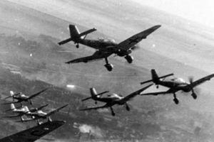 Khám phá máy bay ném bom bổ nhào nguy hiểm nhất của Đức