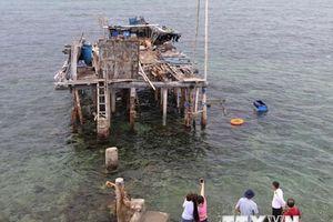 Di tích bãi cọc bêtông: 'Bảo tàng sống' trên đảo chìm Đá Đông A