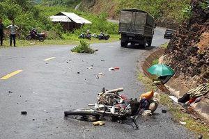 Lai Châu: Xe máy tông trực diện ô tô, 3 người thương vong