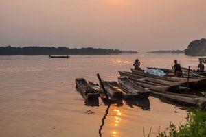 Đắm tàu chưa rõ nguyên nhân tại sông Congo làm ít nhất 49 người chết