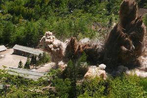 Cận cảnh bãi thử hạt nhân Punggye-ri trong thời khắc 'bùng nổ'