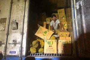 Vụ giải cứu 17 tấn sầu riêng ế: Vì lợi nhuận bán cả lòng tin?
