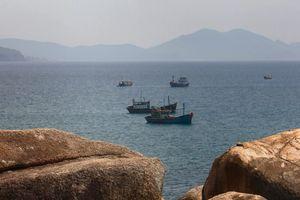 Một ngư dân nghi mất tích khi điều khiển tàu cá đi gia cố