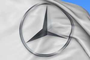 Có thể bạn chưa biết: Đằng sau logo Mercedes-Benz là những câu chuyện đầy bất ngờ