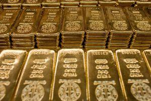 Giá vàng hôm nay 26/5: Vừa hồi phục đã quay đầu giảm nhanh