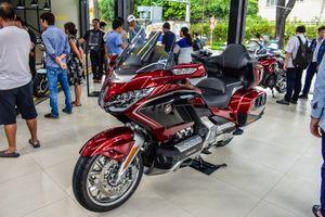Cận cảnh Honda Gold Wing giá 1,2 tỷ đồng vừa xuất hiện tại Việt Nam