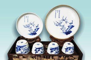 Thâm cung bí sử đồ sứ ký kiểu thời Nguyễn