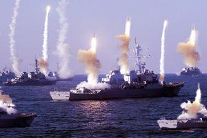'Làm loạn' ở Biển Đông, Trung Quốc bị Mỹ 'dạy dỗ'