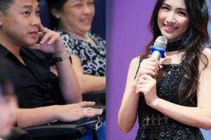 Bạn trai thiếu gia ra Hà Nội, lặng lẽ ngồi theo dõi Hòa Minzy trong buổi offline