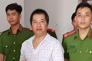 12 năm tù cho thủ kho 'ăn' 2.660 bao phân bón